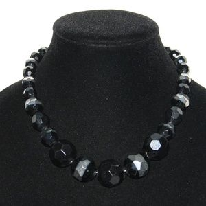 Beautiful black and silver adjustable necklace